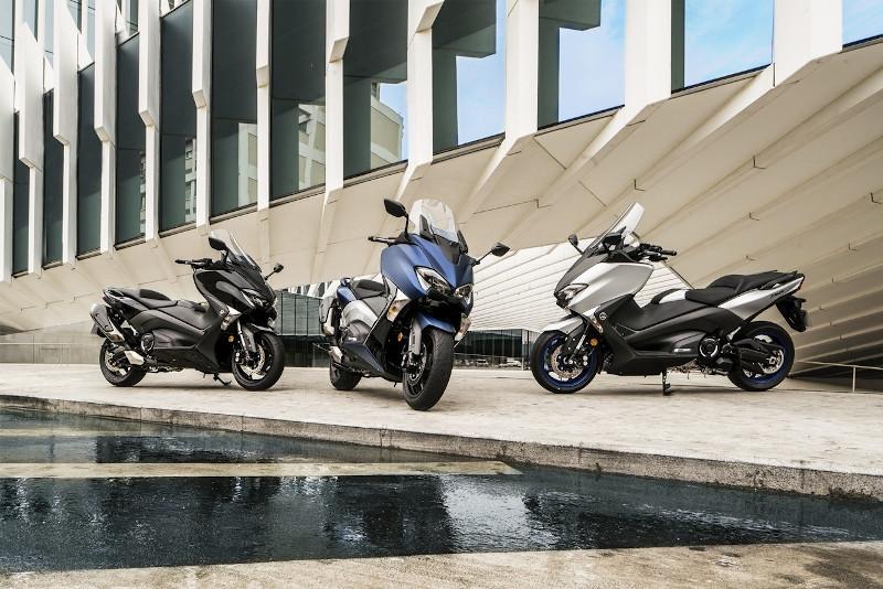 aparcar moto electrica acera